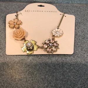 Cute floral necklace